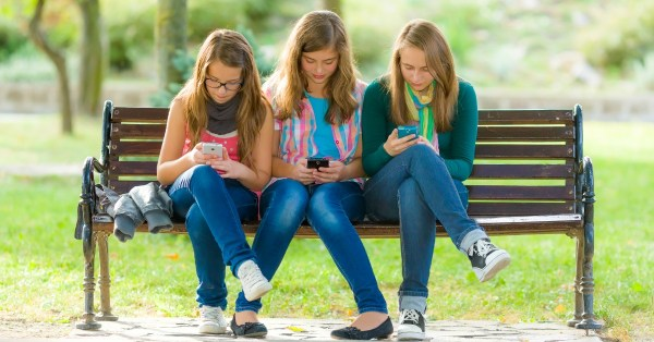 how do I control my tween or teens cellphone usage