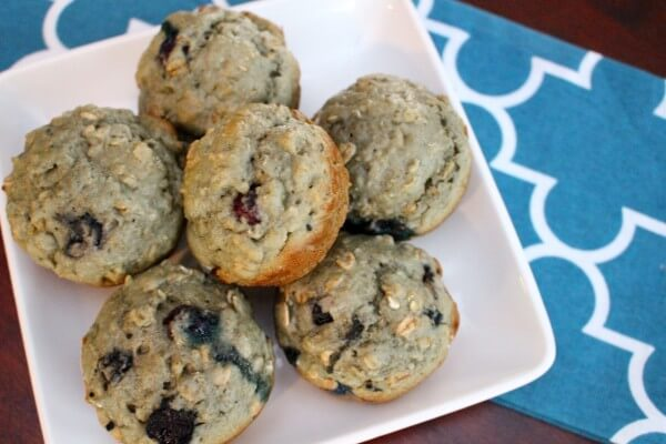 Made with simple and healthy ingredients, these blueberry yogurt muffins are the perfect snack or breakfast on-the-go! from @MomNutrition