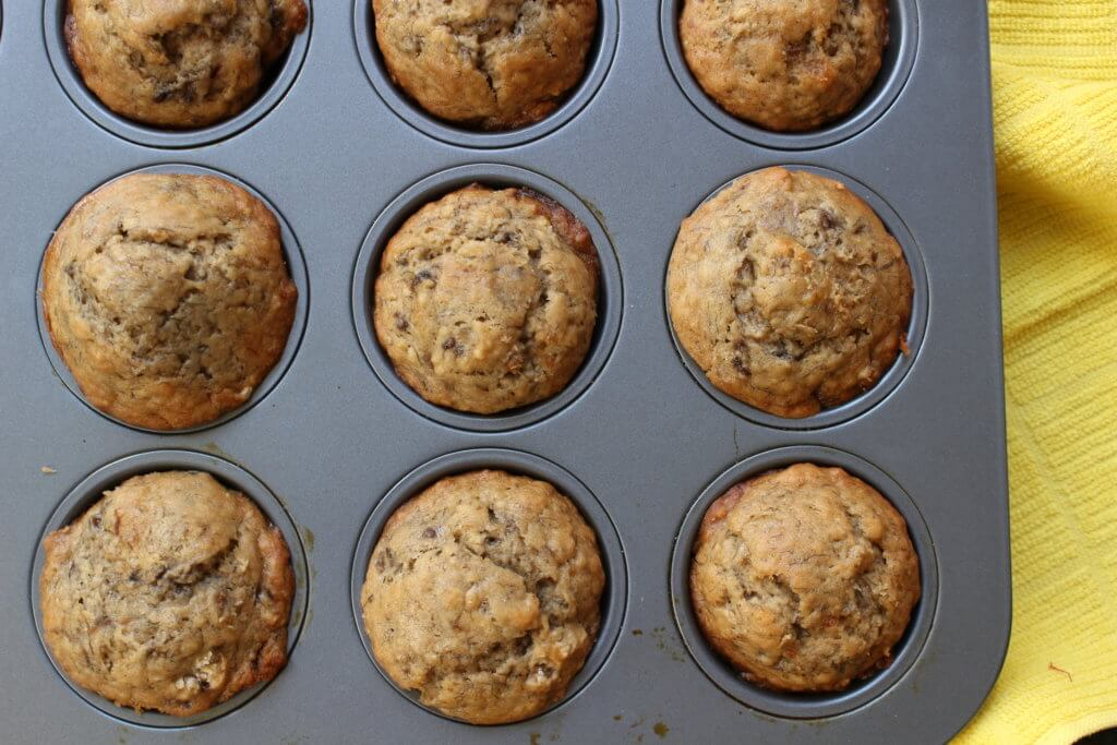 Love banana bread? Then you have to make these super simple banana bread muffins that bake a whole lot faster and taste like the real thing!