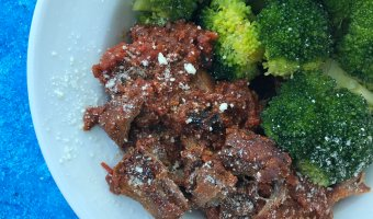 Slow Cooker Italian Beef and Broccoli: Forget takeout and take what you know about beef and broccoli and try this kid-friendly, comfort spin. All with the help and ease of your slow cooker!