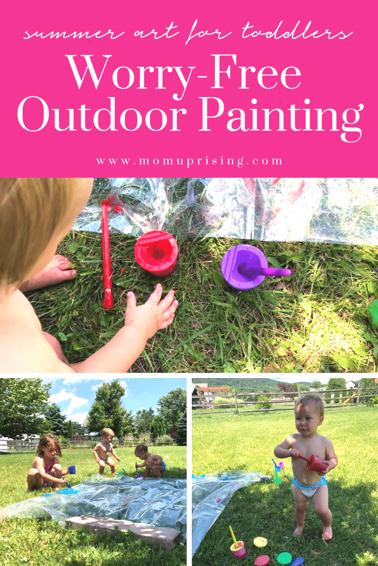 Summer art activity for toddlers. Mess-free and worry-free outdoor painting for toddlers and preschoolers. Have fun with water play and art at the same time with this ingenious outdoor activity that big and little kids can do together! The perfect summer art project for toddlers.