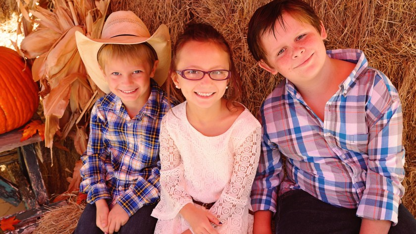 7 tips for parenting special needs siblings