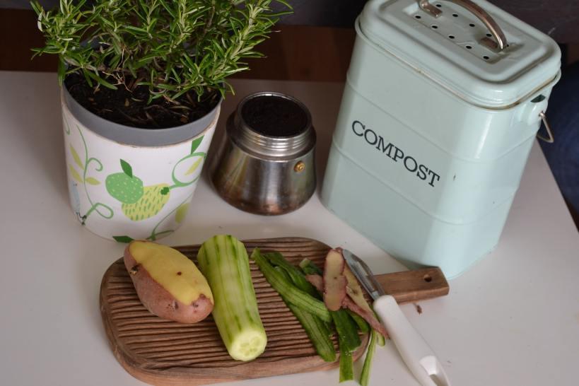 Recyclage au jardin: le compost
