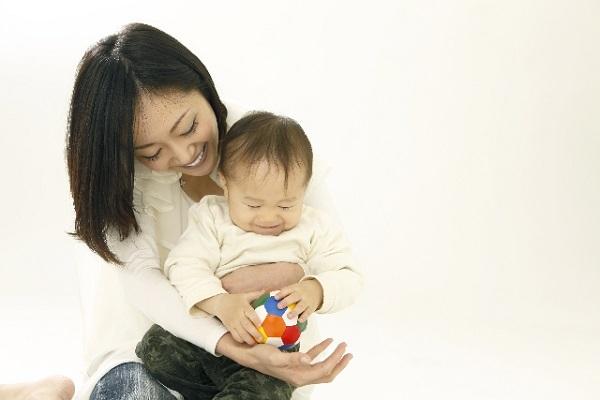 やりとり遊びは、言葉の習得に欠かせない遊びです!