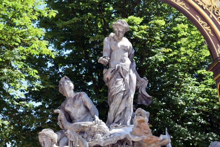 Fontaine d'Amphitrite © French Moments