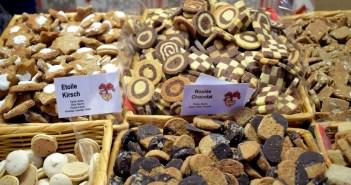 De délicieux bredeles et bredalas au marché des délices de Noël d'Alsace de Strasbourg © French Moments