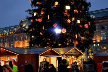 Grand sapin de la place Kléber à Strasbourg © French Moments