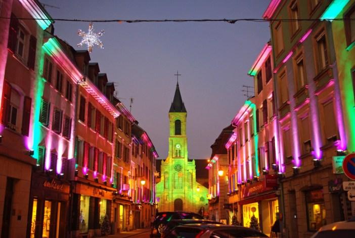 La rue principale d'Altkirch (Sundgau) en décembre © French Moments