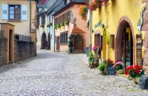Gueberschwihr, Alsace © French Moments