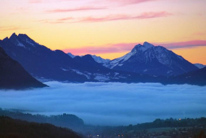 Mer de nuage au-dessus des Alpes d'Annecy © French Moments