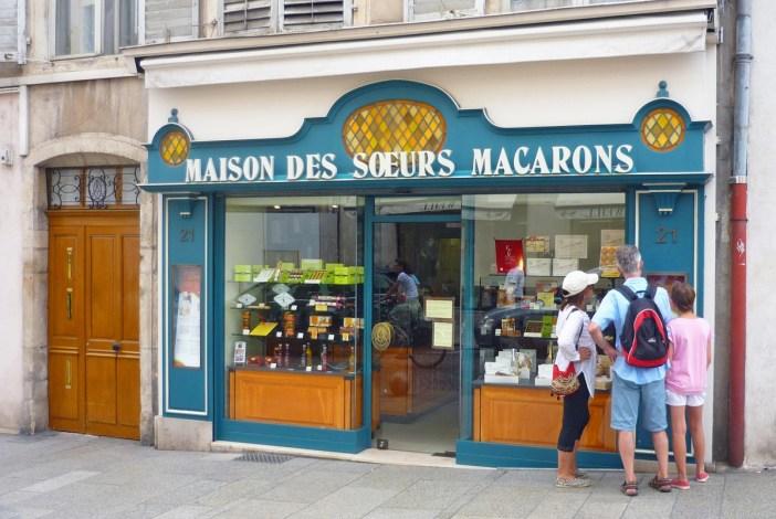 La boutique des Sœurs Macarons à Nancy © French Moments