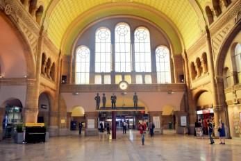 Hall des Départs, Gare de Metz © French Moments
