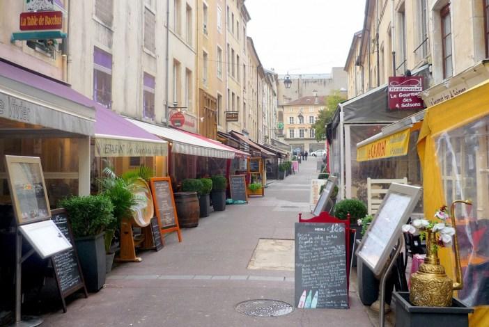 La rue des Maréchaux de Nancy © French Moments