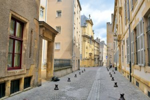 Rue des Trinitaires Metz © French Moments