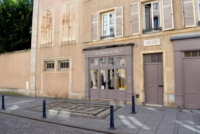 Au 30 Grand'Rue en Vieille-Ville de Nancy © French Moments