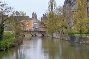 Sur les bords de la Moselle à Metz © French Moments