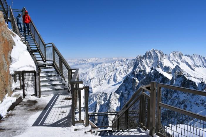 Les escaliers Aravis à l'Aiguille du Midi © French Moments