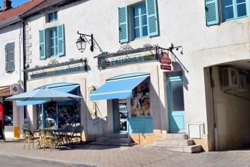 Boulangerie-Pâtisserie à Meursault © French Moments