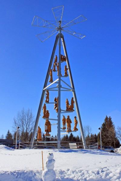 La plus haute pyramide de Noël du monde à Johanngeorgenstadt © Kora27 - licence [CC BY-SA 4.0] from Wikimedia Commons