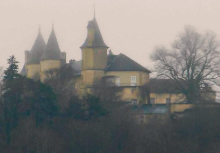 Vue mystique du Château de Bourlémont © Cjulien21 - licence [CC BY-SA 3.0] from Wikimedia Commons