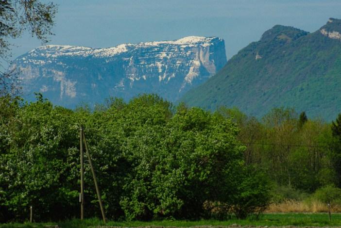 Le mont Granier vu de la Combe de Savoie © French Moments