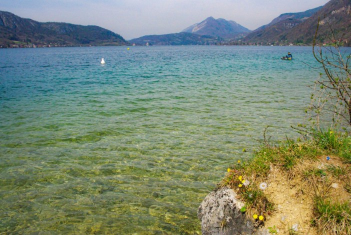 Le lac d'Annecy aux Balmettes © French Moments