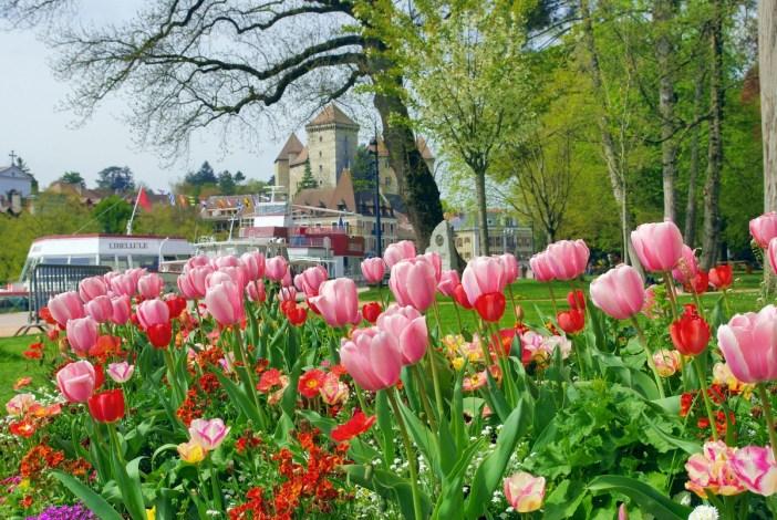 Le printemps s'invite aux jardins de l'Europe à Annecy © French Moments