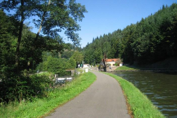 Traversée des Vosges - canal de la Marne au Rhin © Maarten Sepp - licence [CC BY-SA 3.0] from Wikimedia Commons