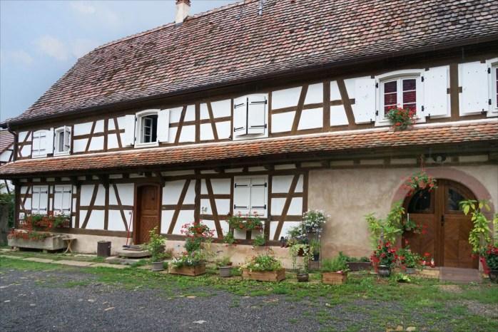 Maison à colombages dans le village d'Hunspach © Jean-Pierre Dalbéra - licence [CC BY 2.0] from Wikimedia Commons