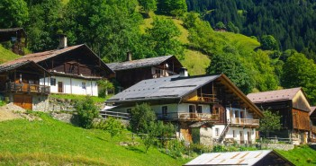 Les chalets du village de Boudin © French Moments