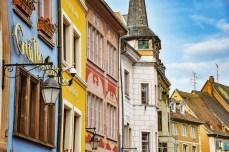La Place de la Réunion à Mulhouse © French Moments