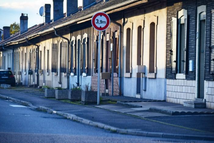 La ligne de la cité ouvrière de Messein à Neuves-Maisons © French Moments