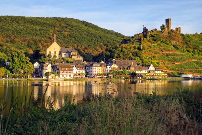 Beilstein sur les bords de la Moselle © F51C via Twenty20