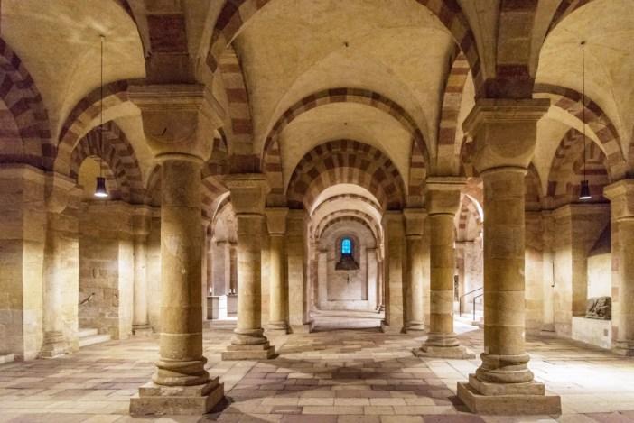 La crypte romane de la cathédrale de Spire © Tilman2007 - licence [CC BY-SA 4.0] from Wikimedia Commons
