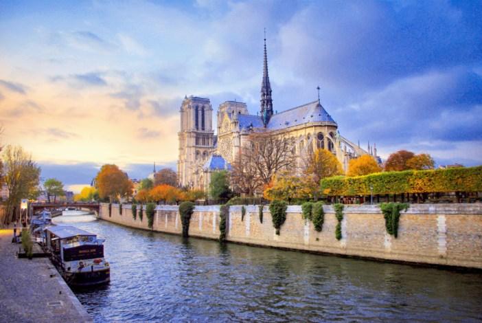 La Seine © French Moments