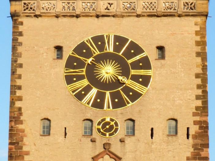 L'horloge de l'Altpörtel (côté ville) © AnRo0002 - licence [CC0] from Wikimedia Commons
