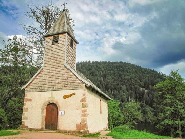 Chapelle Saint-Florent Longemer. Photo Tangopaso [Domaine Public]