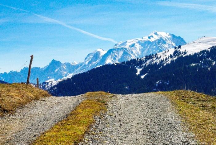 Autour d'Annecy - Col des Aravis © French Moments