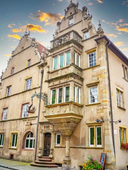 Autour de Mulhouse - Hôtel de la Couronne à Ensisheim © French Moments