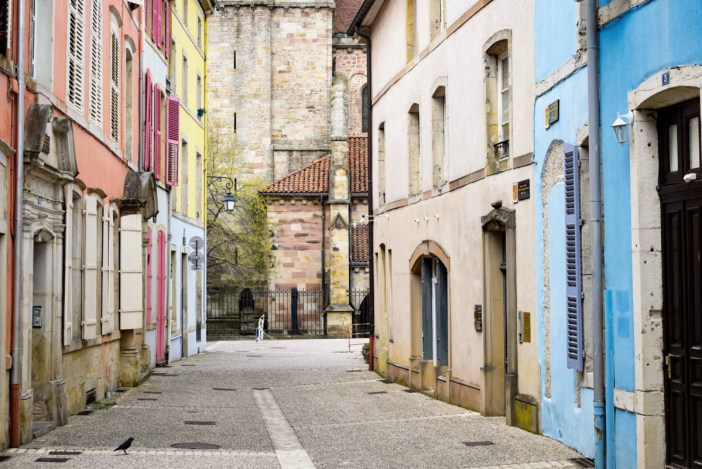 Epinal, la rue du Chapitre © French Moments