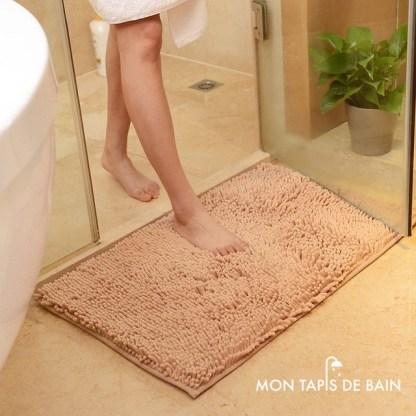 tapis de bain chenille couleur caramel