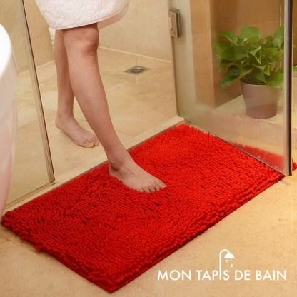 tapis de bain chenille rouge