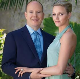 Alberto e Charlene di Monaco, durante il fidanzamento.