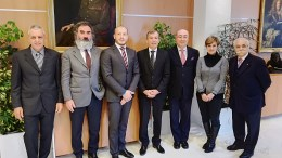 Monaco: Il Ministro per gli Affari Sociali e la Salute Didier Gamerdinger e l'Ambasciatore d'Italia nel Principato Cristiano Gallo con il Sindaco di Ventimiglia Enrico Ioculano ed i Frontalieri liguri del FAI