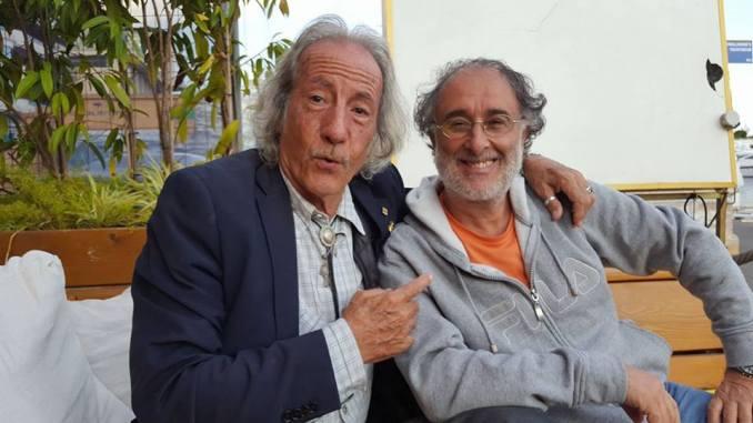 Nella foto: a destra Marco Callà con il noto conduttore Awana Gana