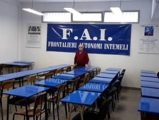Ventimiglia: la nuova sede della FAI-Frontalieri Autonomi Intemeli, già allestita per il corso di Francese