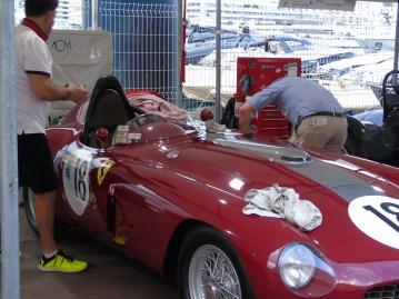 Ultimi Preparativi per le Vetture del Gran Premio Storico di Monaco