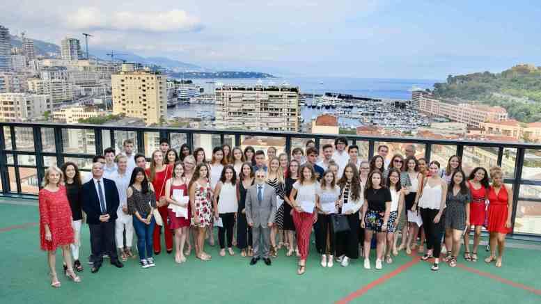 Il Ministro Cellario si Congratula con gli Studenti per la Mention Très bien al Baccalauréat