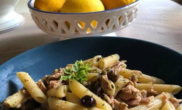 Le Ricette dell'Estate: Pasta con Olive Taggiasche e Tonno al Profumo di Limone