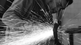 Stefano Robiglio: il Mestiere del Fabbro Diventa Arte nella Biennale Internazionale a Monte Carlo